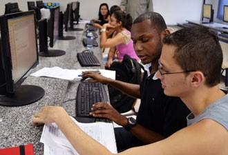 Unigranrio é uma das faculdades que ajudam a preencher a declaração do IR (Foto: Divulgação)