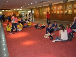 Segundo Sinte, 66 professores vão ficar no local durante a madrugada desta quarta (Foto: Sinte/Divulgação)