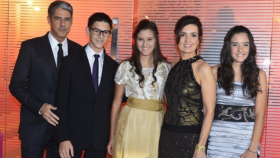 William Boner, Vinícius, Beatriz, Fátima Bernardes e Laura (Foto: André Muzell / AgNews)