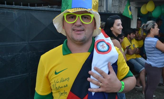 Carrapato Luiz Gustavo Pindamonhangaba Janderson Carlos de Oliveira (Foto: Filipe Rodrigues)