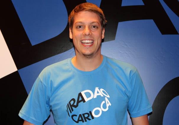 Fábio Porchat é o mestre de cerimônias do evento de lançamento do Viradão Carioca (Foto: Vanessa Thees / TV Globo)
