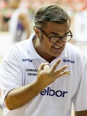 Paco Garcia Mogi das Cruzes NBB (Foto: Allan Conti)
