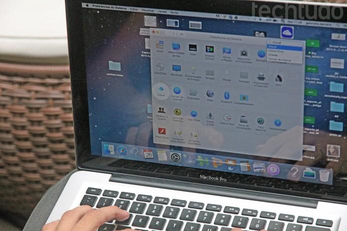 Acesse as preferências do Sistema para configurar o iCloud (Foto: Carol Danelli/TechTudo)
