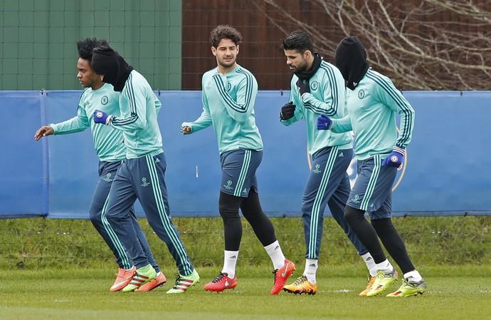 Alexandre Pato, Willian e Diego Costa Chelsea (Foto: Reuters)