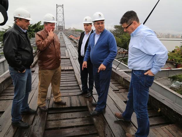 Gerente de Operações fez nova vistoria na Ponte Hercílio Luz (Foto:  Julio Cavalheiro/Secom)