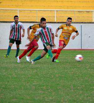 Galvez X Independência no estadual Sub-19 2015 (Foto: Nathacha Albuquerque)