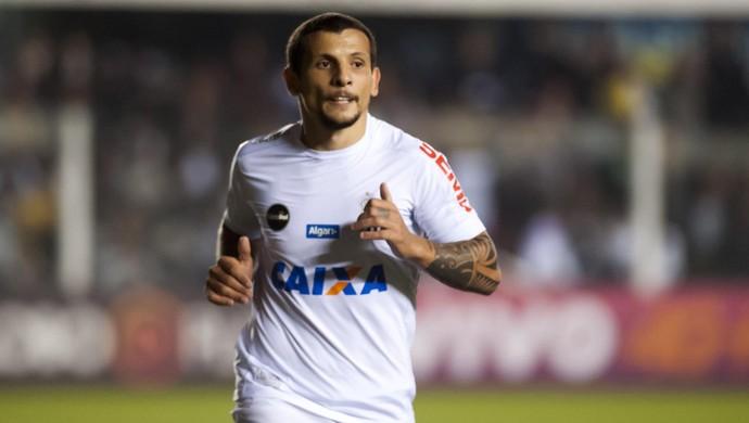 Vecchio em ação na vitória do Santos sobre a Chapecoense (Foto: Ivan Storti/Santos FC)