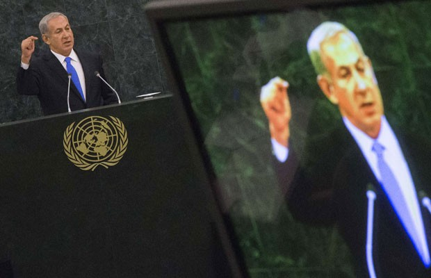 Benjamin Netanyahu fala na Assembleia Geral da ONU, nesta terça-feira (1º) (Foto: Adrees Latif/Reuters)