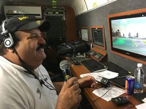 Chicão, narrador da Stock Car (Foto: Felipe Siqueira)