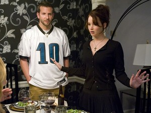 Bradley Cooper e Jennifer Lawrence em 'O lado bom da vida' (Foto: Divulgação)