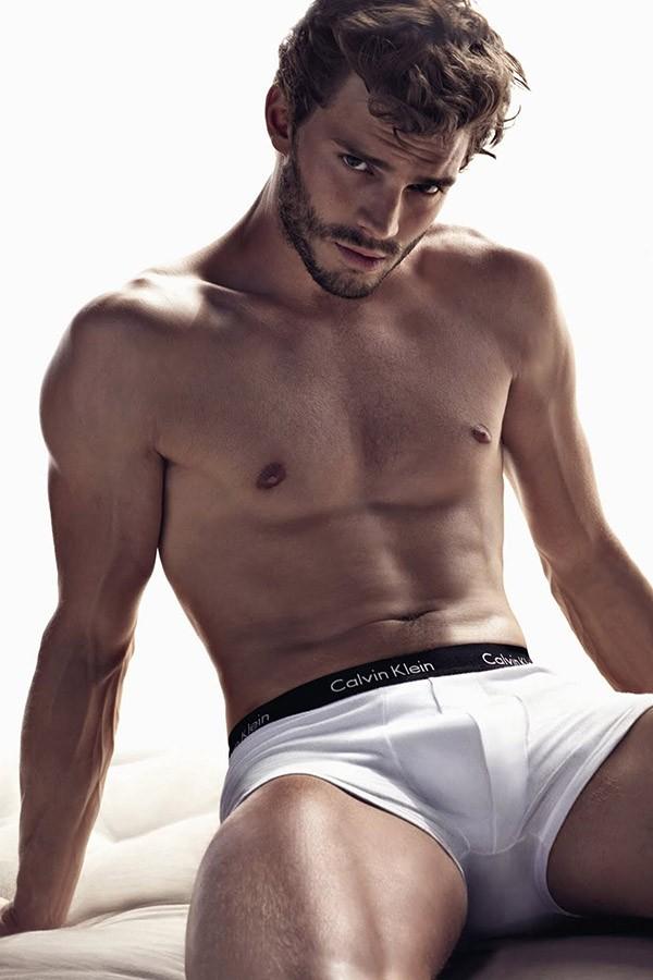 Jamie Dornan para Calvin Klein (Foto: Divulgação)