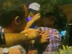 Renato Gaúcho chora ao rever mãe após o Mundial 83 (Reprodução)