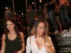 Bruna Mraquezine e irmã de Neymar curtem show de Anitta no Rio