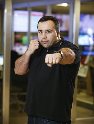 Artur Mariano, ex-lutador e comentarista do Combate (Foto: Fabrício Mota/Divulgação)