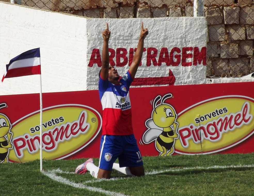 Caxito marcou nove gols com a camisa do Afogados (Foto: Romário Silva / Ascom Afogados)