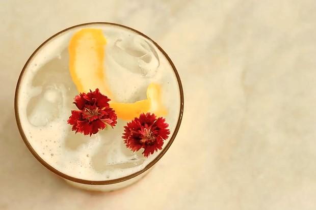 Citroen, um drink com vodka e água de coco (Foto: Thais Del Gaudio)