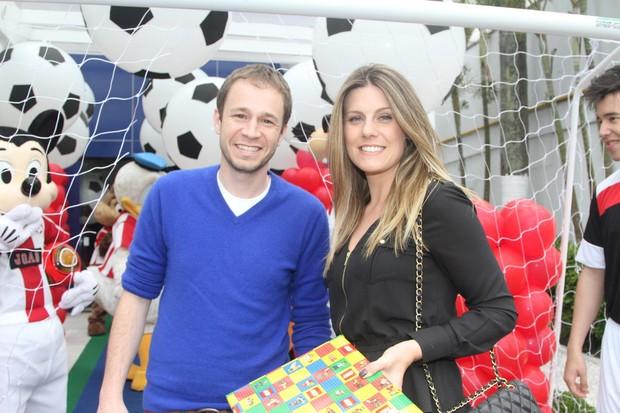 Tiago Lifert e esposa (Foto: Thiago Duran/AgNews)