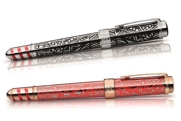 O instrumento de escrita também estará à venda em preto e vermelho com número de unidades maior que a de ouro (Foto: Divulgação)