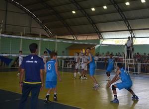 Equipe masculina de vôlei da AVV derrota Jaru e conquista mais um título (Foto: Jonatas Boni)