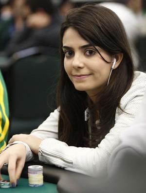 Larissa Metran - jogadora goiana pôquer (Foto: Divulgação)