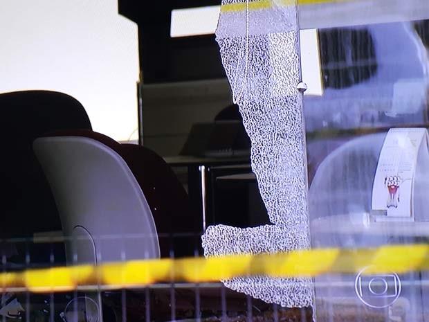 Caixa explodido no DF (Foto: TV Globo/Reprodução)