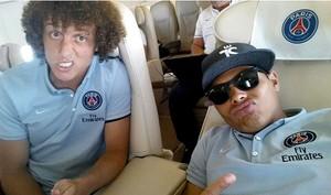 Thiago Silva viaja com David Luiz (Foto: Reprodução / Instagram)
