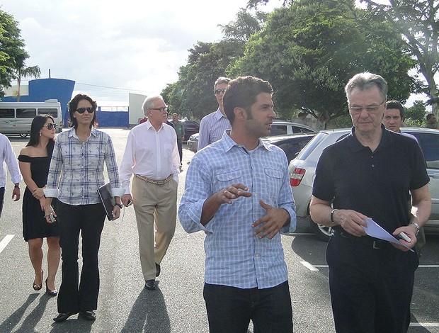 representantes da Federação Alemã ed Futebol (DFB) na Toca da Raposa (Foto: Marco Antônio Astoni / Globoesporte.com)