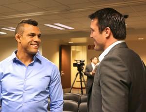 Vitor e Sonnen Reunião comissão UFC (Foto: Evelyn Rodrigues)