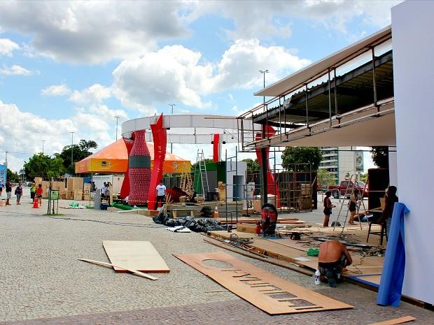 Estrutura terá camarotes, área de imprensa e praça de alimentação (Foto: Diego Toledano/G1 AM)