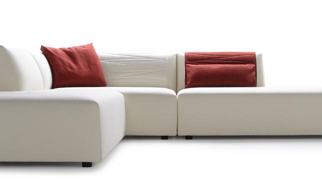 MDF, o sofá Thea