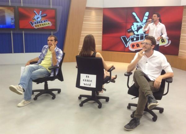 Jurados assistem à performance do apresentador Pedro Paulo (Foto: Luísa Konescki/RBS TV)