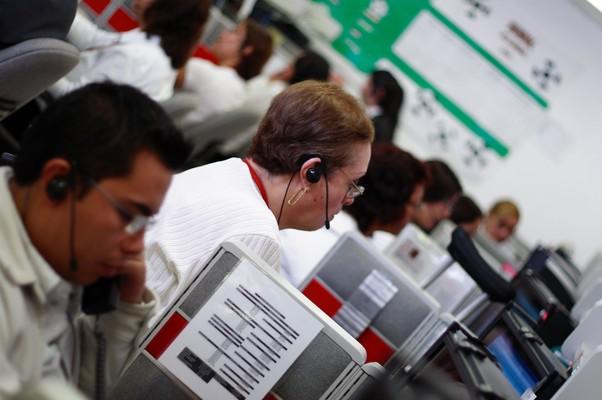 Homens e mulheres trabalhando (Foto: SXC)