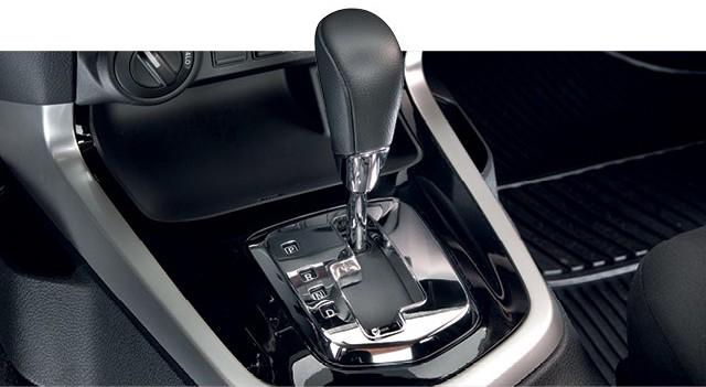 Nissan Frontier 2.3 SE: Quando menos é menos mesmo N5
