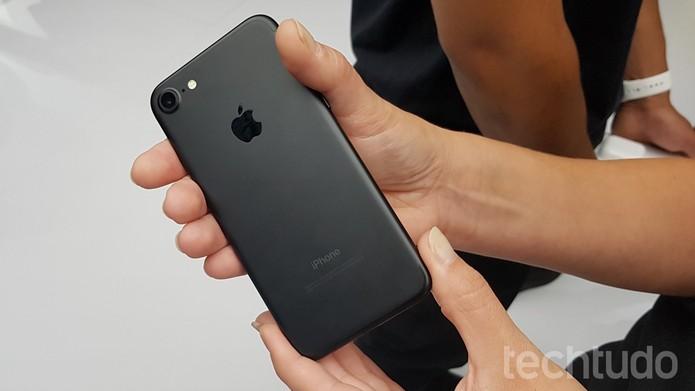 iPhone 7 marca 4 (Foto: Thássius Veloso/TechTudo)