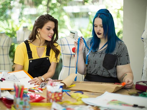 O curso de Moda da Unifor conta com uma estrutura curricular dividida em cinco módulos e disciplinas de laboratório de têxtil, modelagem, desenho, confecção, criação e projetação. (Foto: Ares Soares/Unifor)