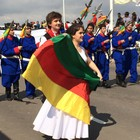 Desfile reúne artistas e entidades (Daniel Bittencourt/RBS TV)