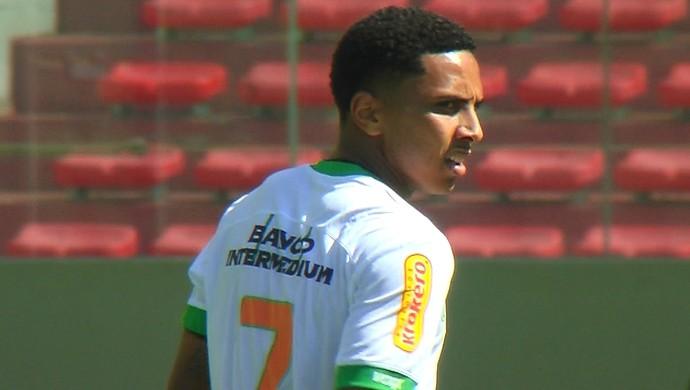 Osman; América-MG; Figueirense; Independência (Foto: Reprodução/ Premiere)