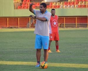 Nei Gaúcho, técnico do Rio Branco-AC (Foto: Duaine Rodrigues)