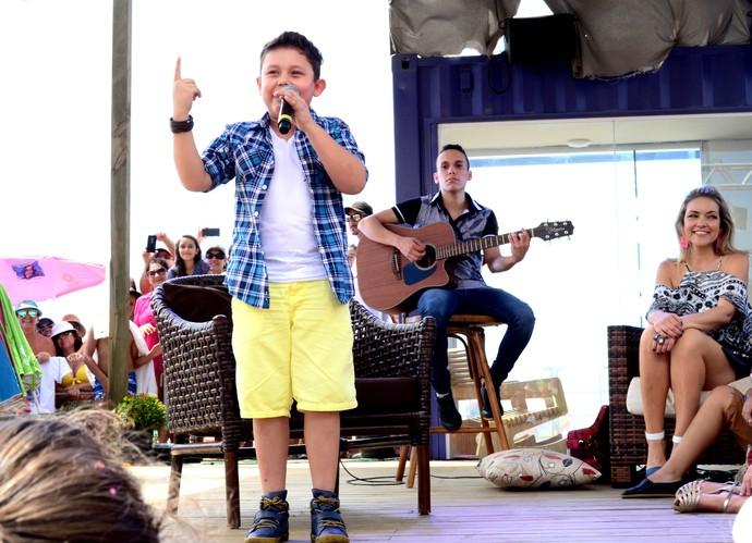 mistura com rodaika the voice kids lucas hernandes (Foto: Antonio Carlos De Marchi/RBS TV)