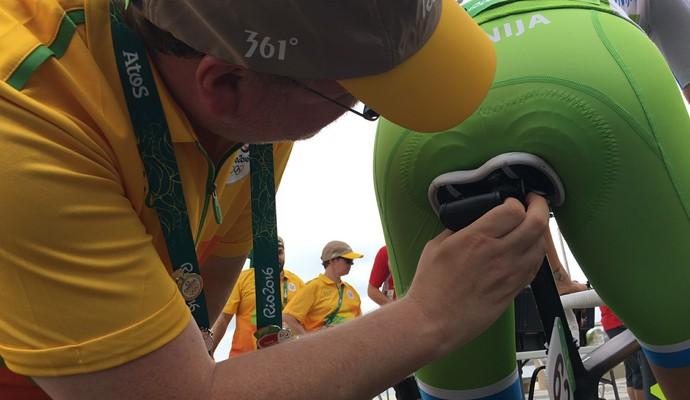 GPS nas bicicletas do ciclismo estrada evitam atletas usarem atalhos (Foto: Cleber Akamine)