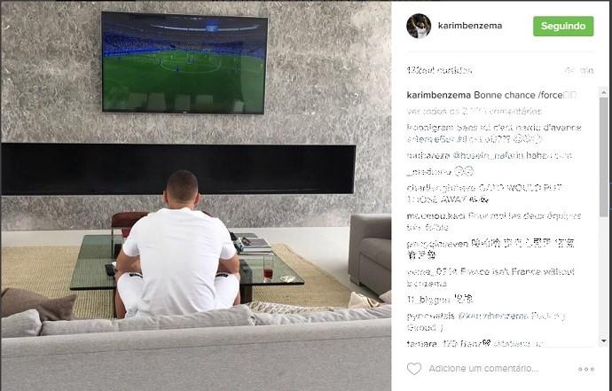 BLOG: Após polêmicas, Benzema vê estreia da Euro pela TV e deseja boa sorte