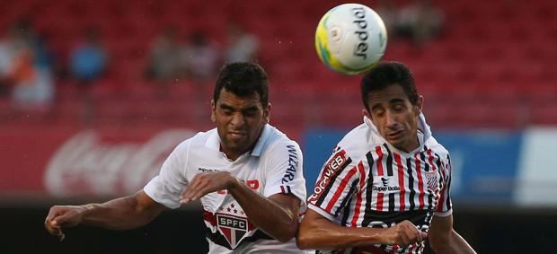 Maicon e Mineiro, São Paulo x Paulista (Foto: Marcos Bezerra/Agência Estado)