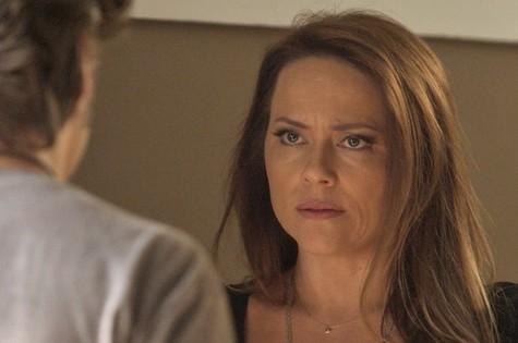 Lili (Vivianne Pasmanter) romperá de vez com Rafael (Daniel Rocha) (Foto: TV Globo)