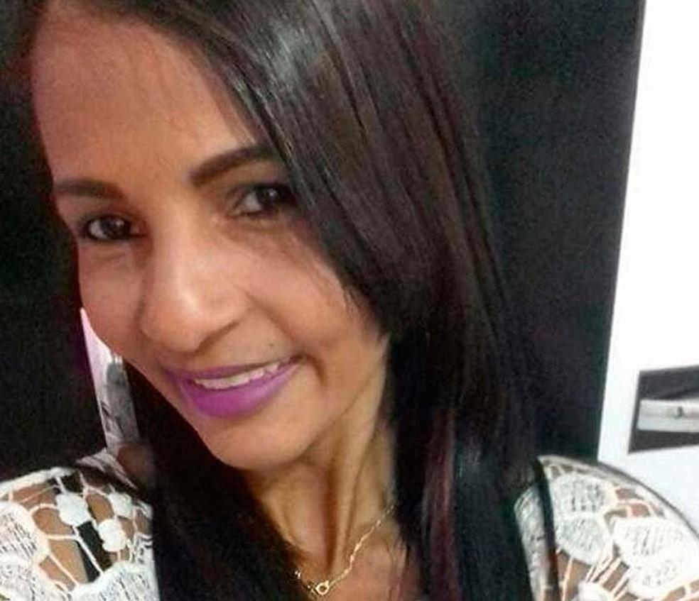 Mulher foi morta com tiro na cabeça em Conceição do Jacuípe, na Bahia (Foto: Arquivo Pessoal)