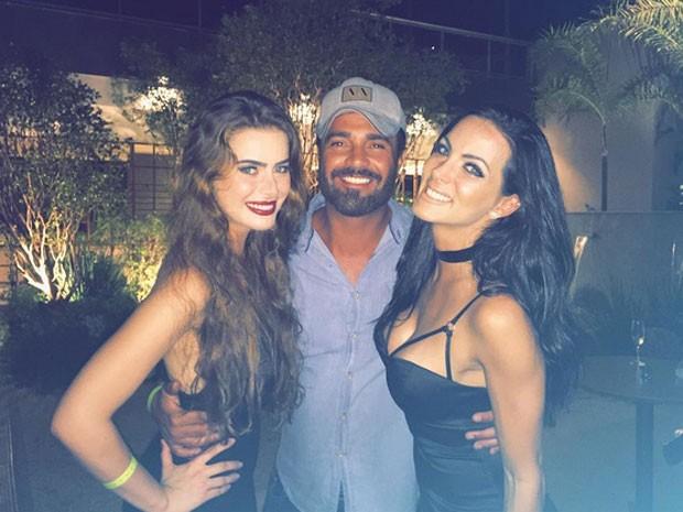 Rayanne Morais, Carla Prata e Rodrigo Phavanello em festa na Zona Oeste do Rio (Foto: Instagram/ Reprodução)