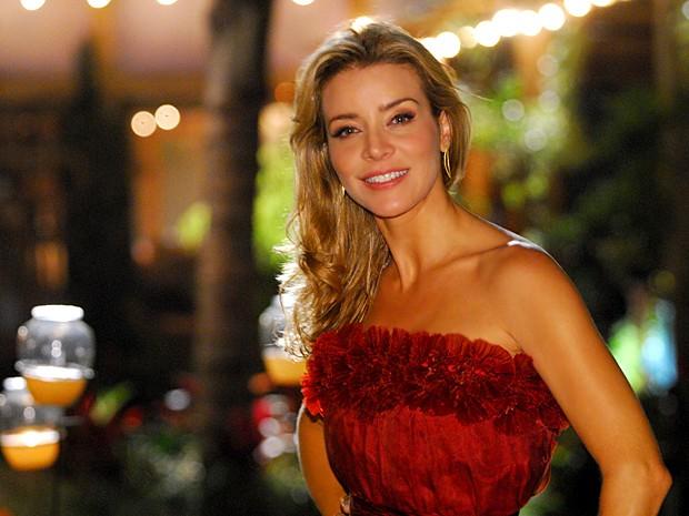 Christine Fernandes já fez novelas, seriados e foi apresentadora de esporte (Foto: Zé Paulo Cardeal / TV Globo)