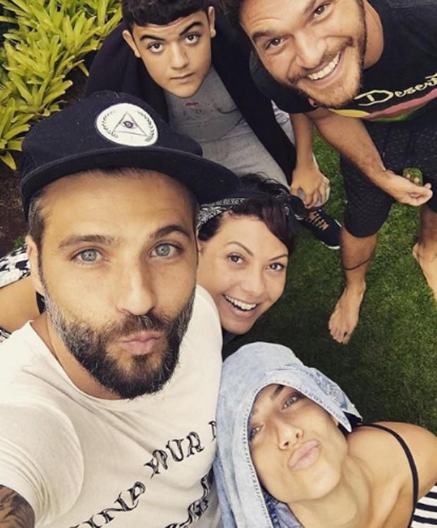 Giovanna Ewbank, Bruno Gagliasso, Fabíula Nascimento, Lucas Gagliasso e Emílio Dantas (Foto: Reprodução/Instagram)