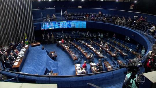 Julgamento de Dilma Rousseff entra no terceiro dia