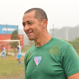 Vanio Ribeiro - técnico do Ecus (Foto: Eliezer Prado)