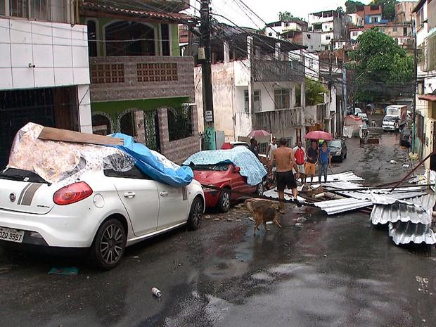4d691099792 G1 - Chuva deixa bairros sem luz e causa estragos em Salvador  veja ...